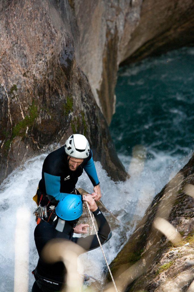 Guide et moniteur de canyon dans les Hautes-Alpes