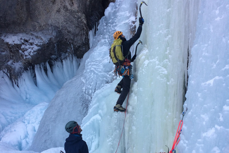 Journée perf cascade de glace Hautes-Alpes