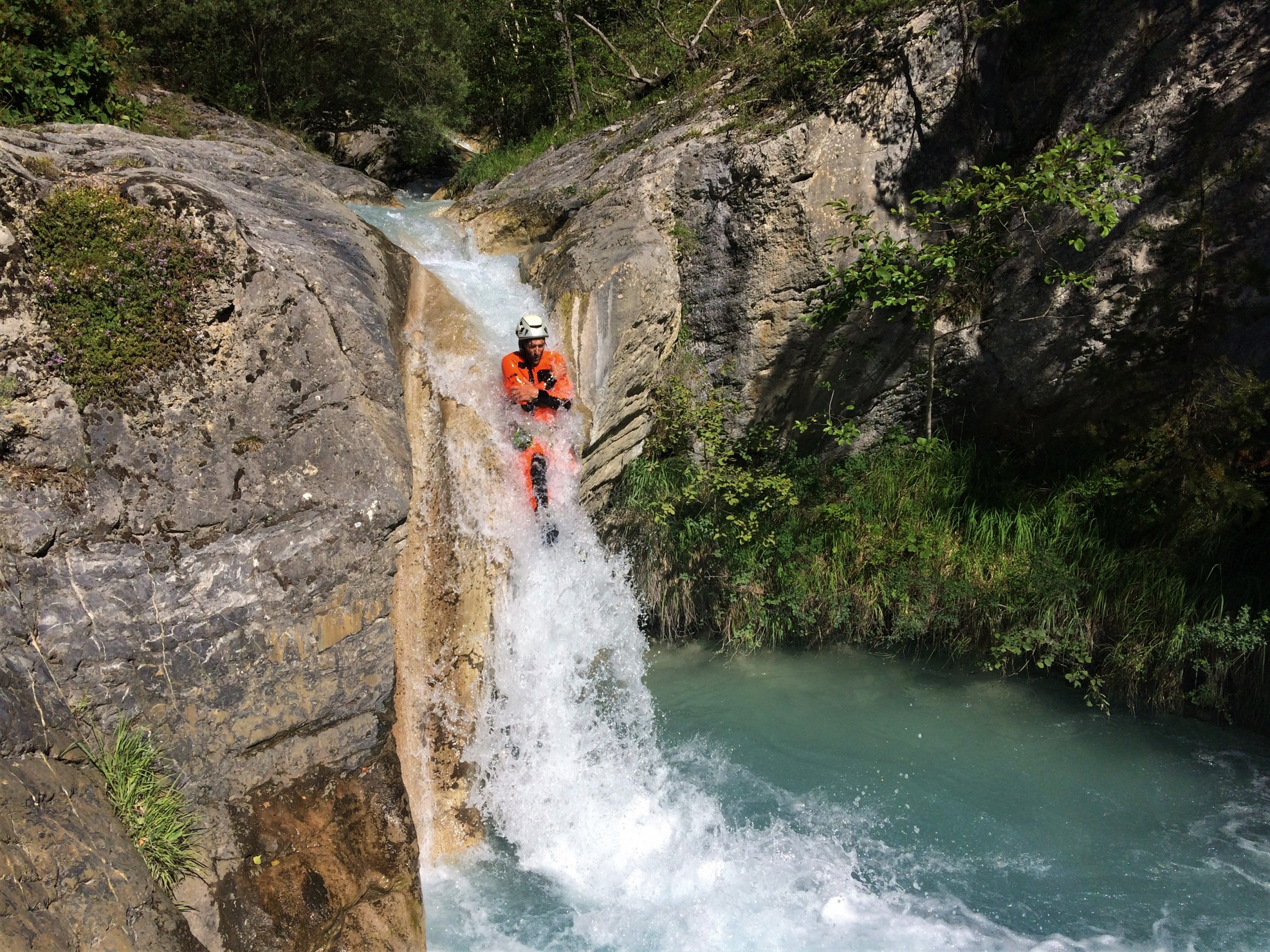Tobbogan dans le canyon de lablache vertical et ludique