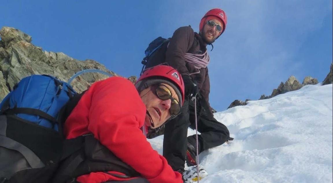 au cours de ascension de la voie normale de Roche Faurio avec un guide haute de montagne