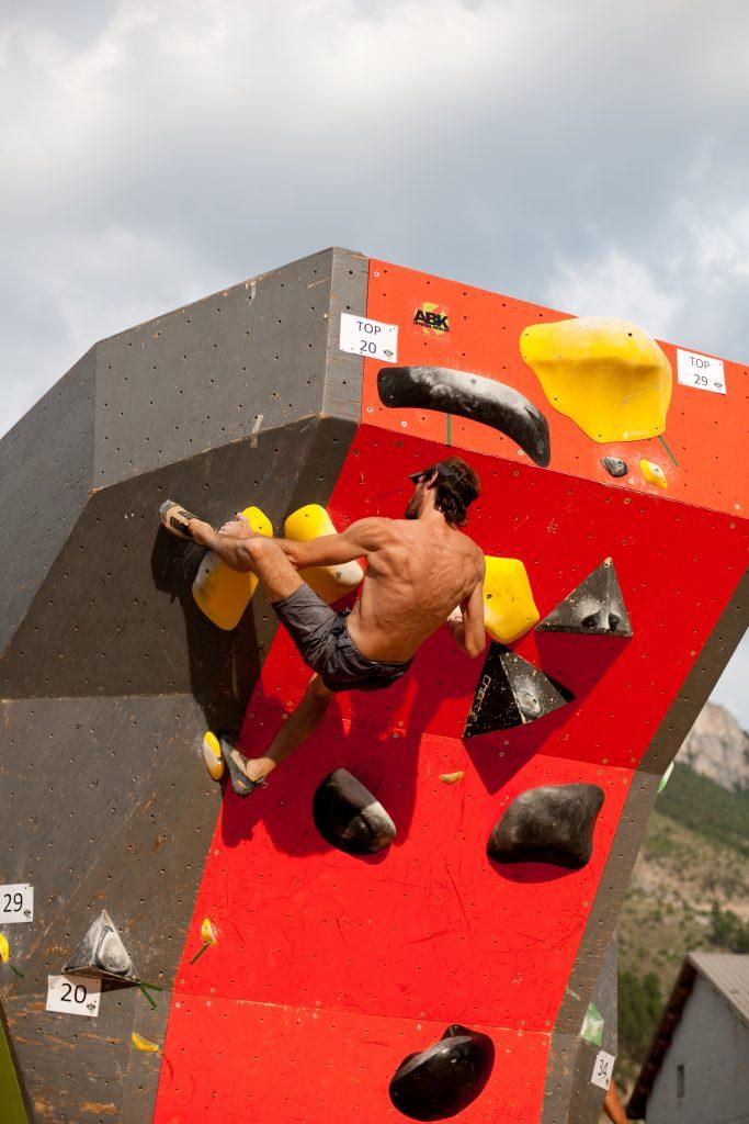 Anton le guide de haute montagne du Queyras au Tout A Bloc ( TAB )