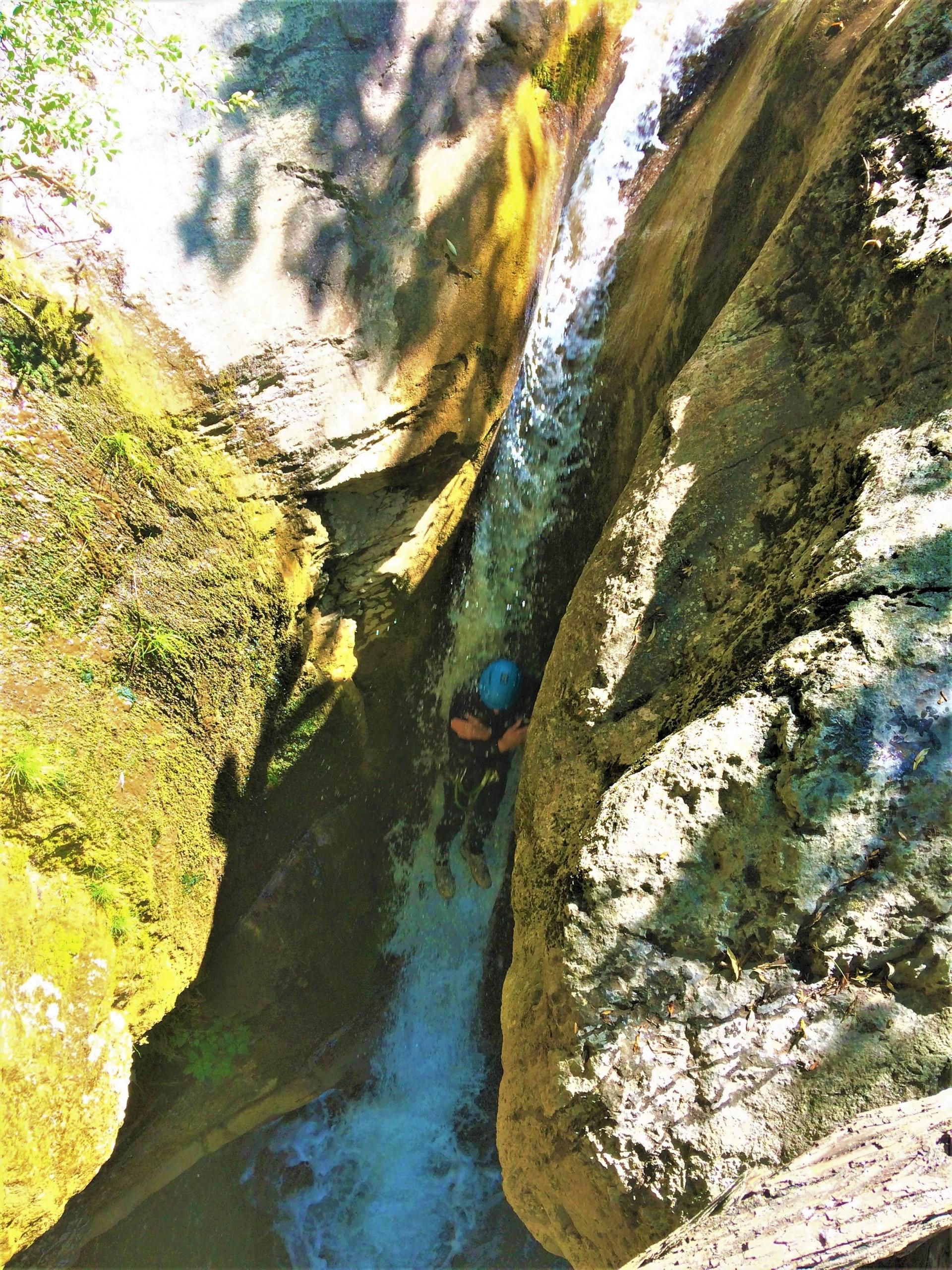 Toboggan dans le canyon de Rabou