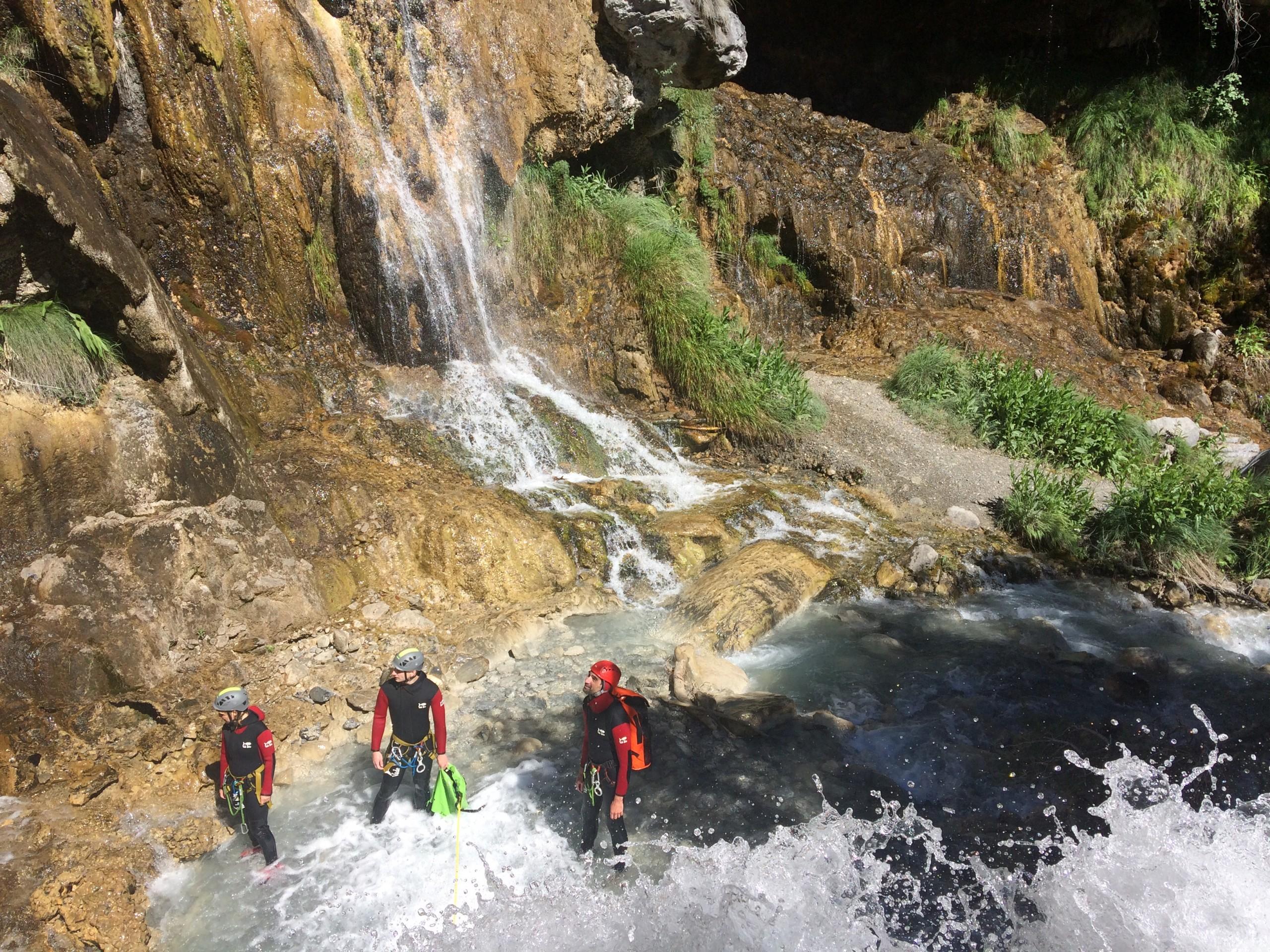 canyon au cours du stage multi-activité Ailefroide