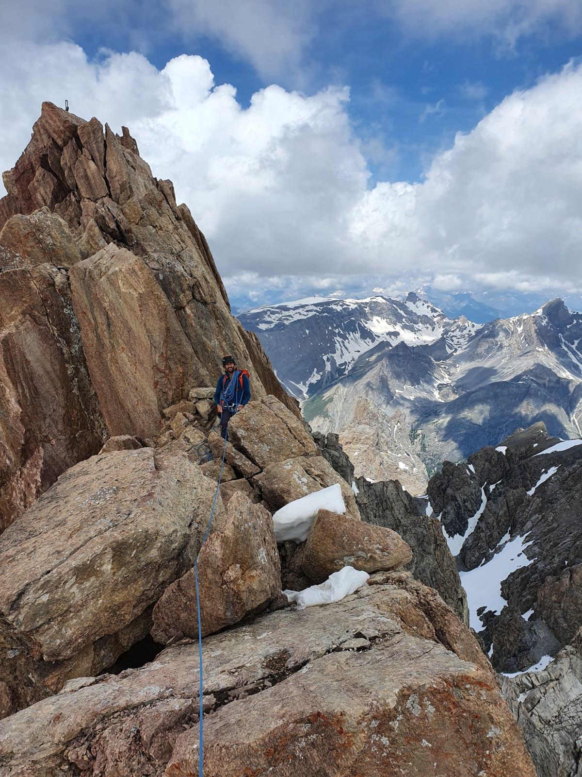 Non loin du sommet des Aiguilles du Chambeyron