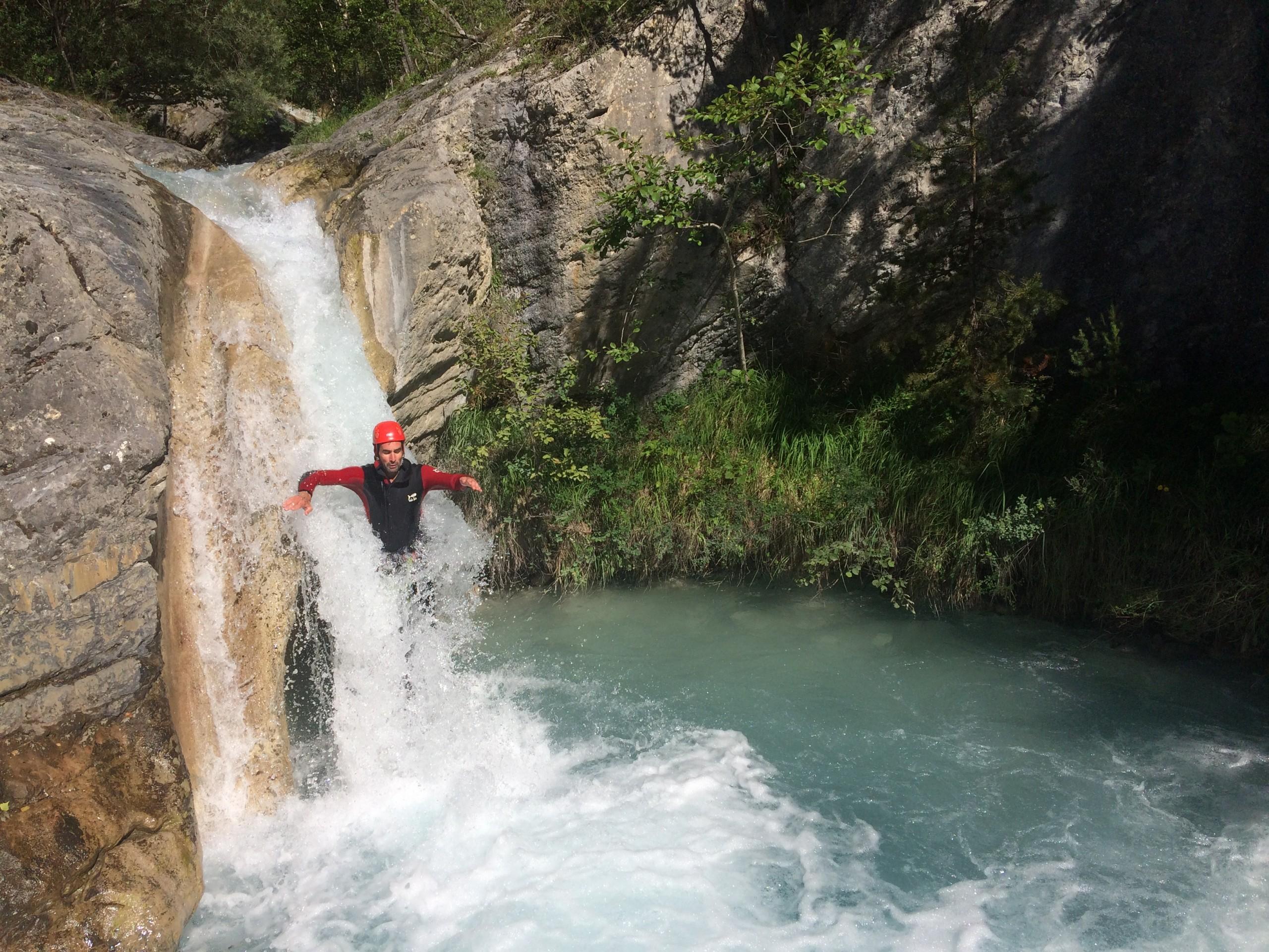 Toboggan dans le canyon de la Blache