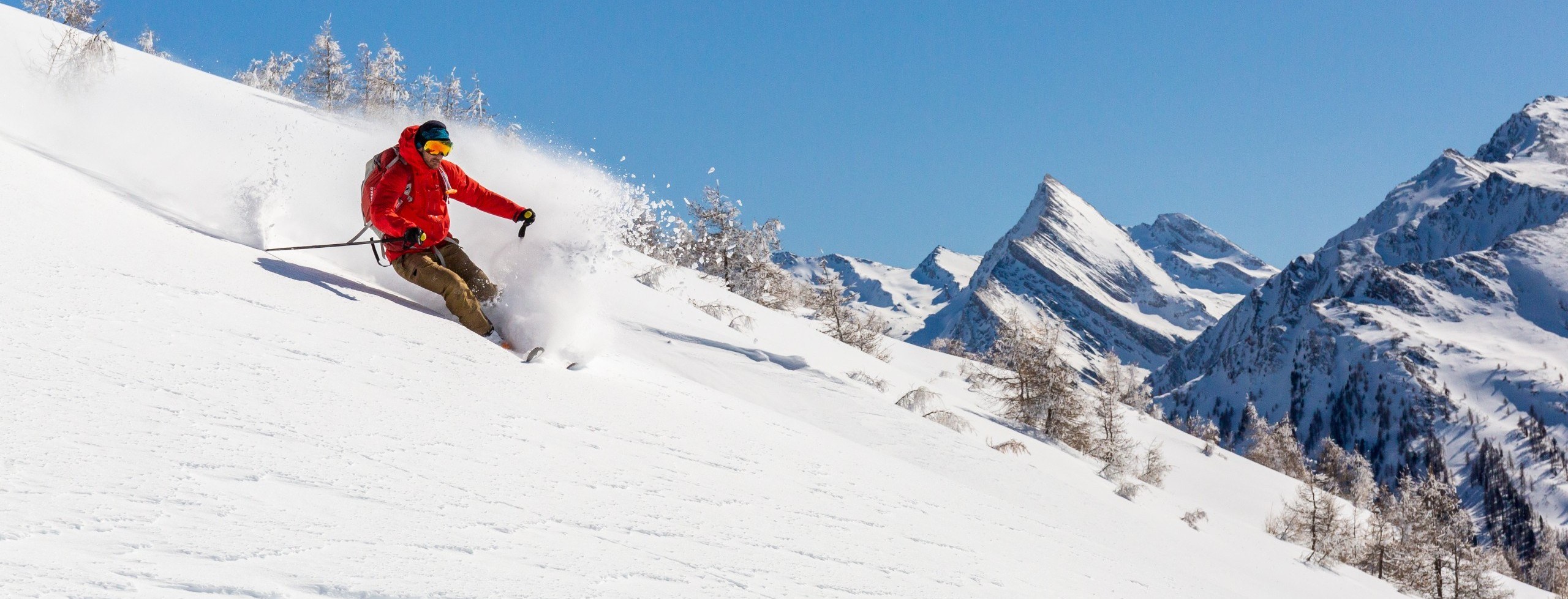 Ski de randonnée avec un guide de haute montagne dans le Queyras