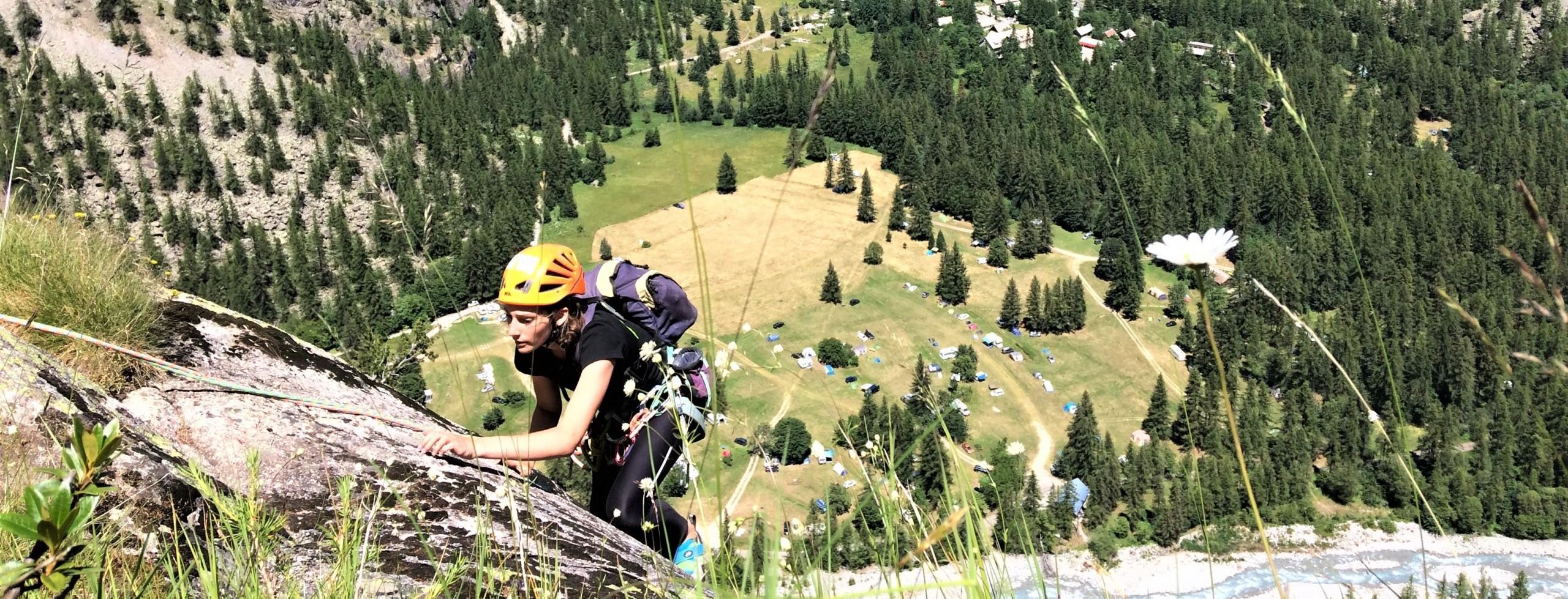 Antonin, guide de haute montagne, d'escalade et canyon dans les Hautes-Alpes.