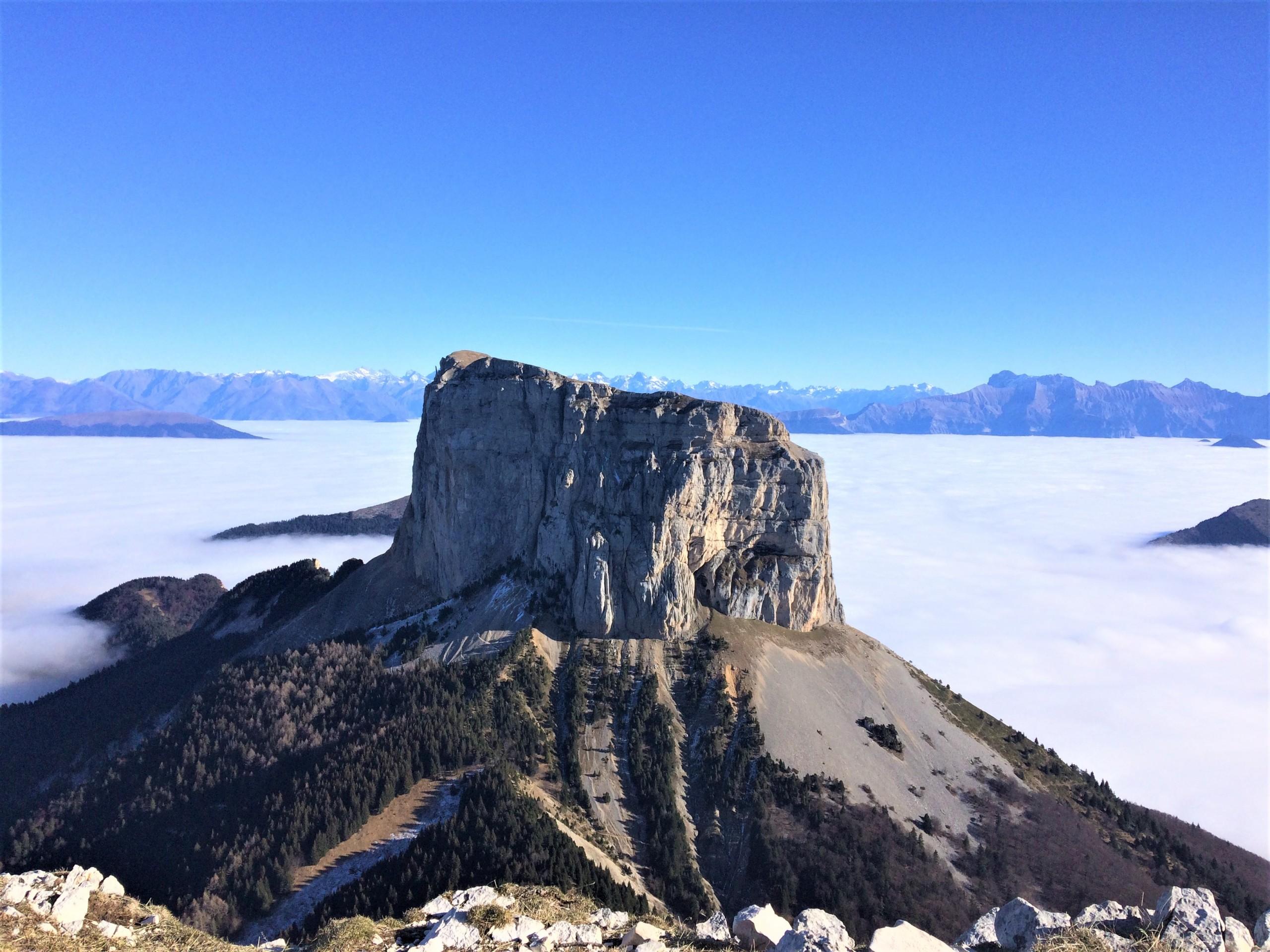 le mont aiguille du plateau du Vercors